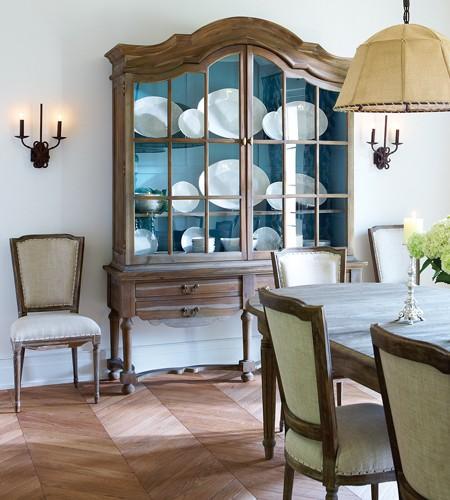 Showhome-diningroom1-p149_OC11