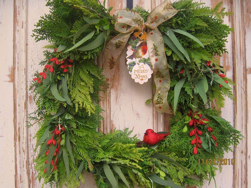 Fresh Christmas Wreath Red- ThePetunia