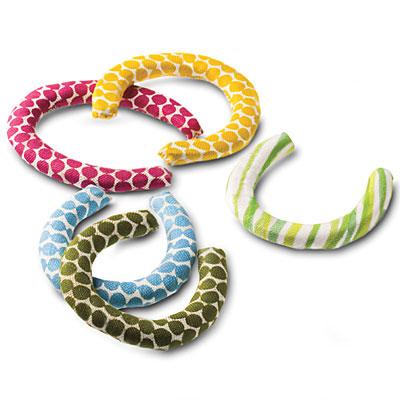Fabric-covered-horseshoes-l